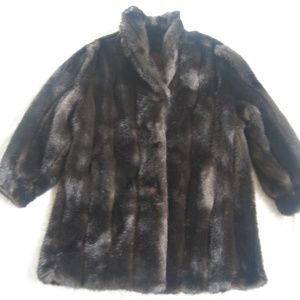 NWT Gallery faux mink fur coat